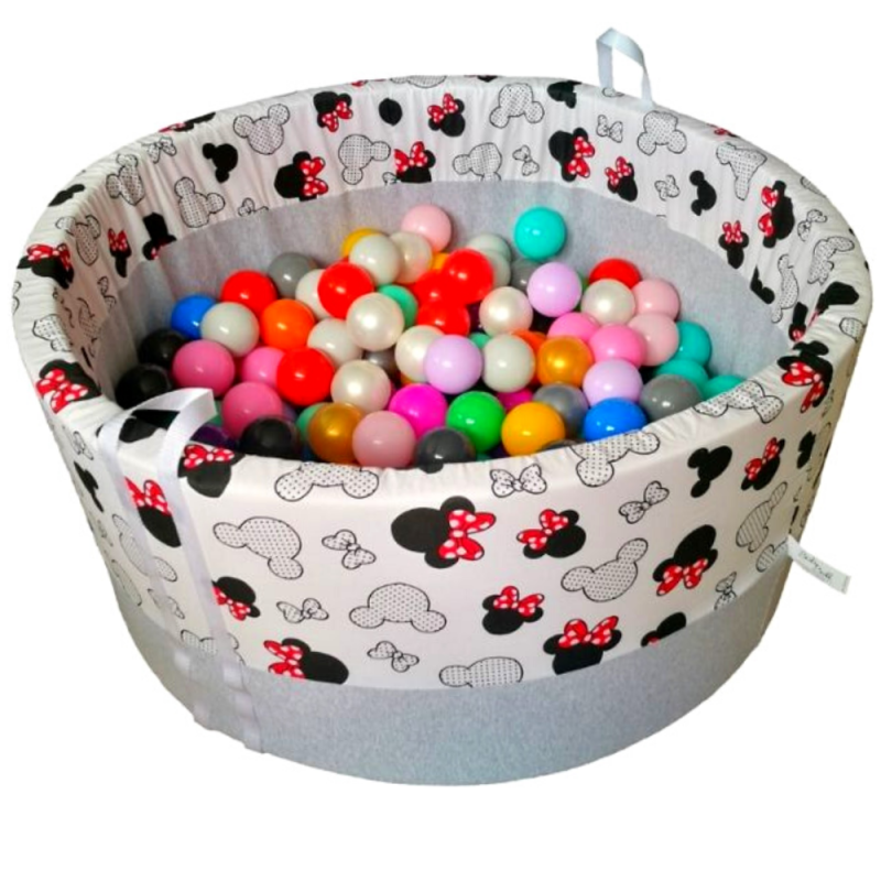 dry pool with balls - minnie mouse